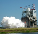 RS-25 engine test, August 2015 (NASA)